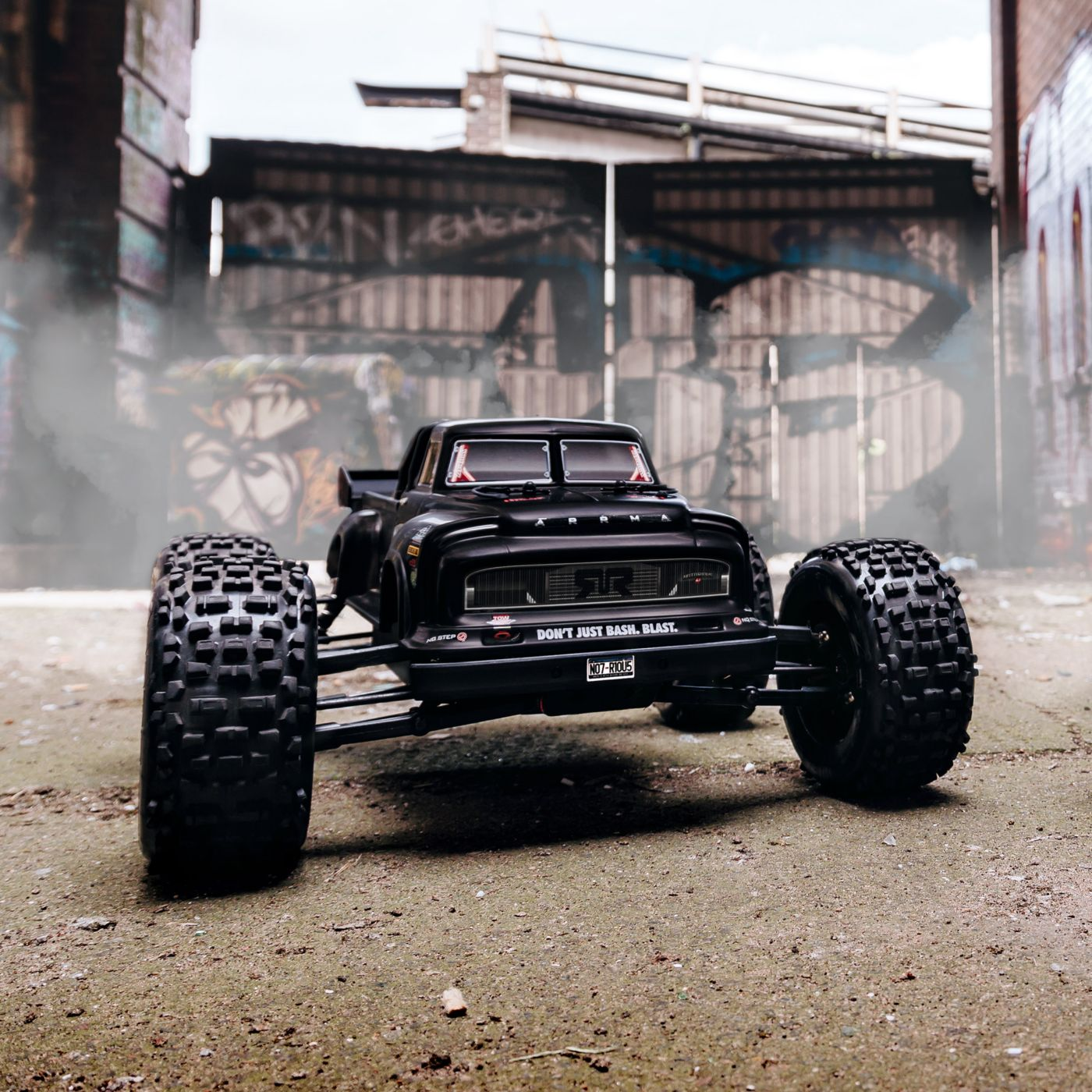 Arrma Notorious 6S Blx 4WD Truggy Brushless Black 3