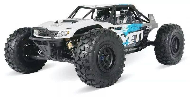 Axial Yeti - rock racer - outside