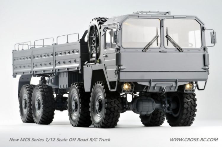 Cross RC Camion Trial 8x8 in Metallo MC8 Kit 01