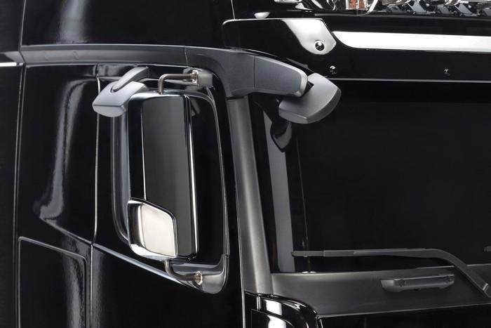 Tamiya Mercedes Actros 3363 gigaspace kit 8