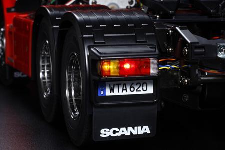 Tamiya Scania R620 Highline rosso kit 4