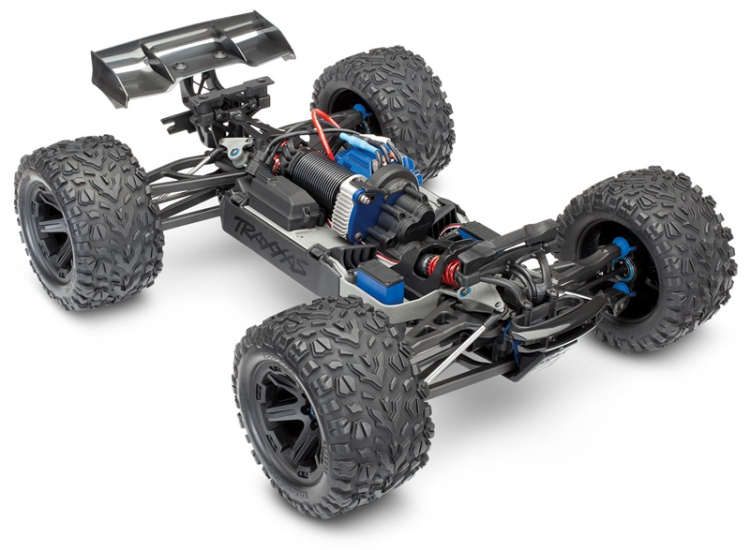 Traxxas e-revo 2.0 Monster Truck Brushless 1/10 03