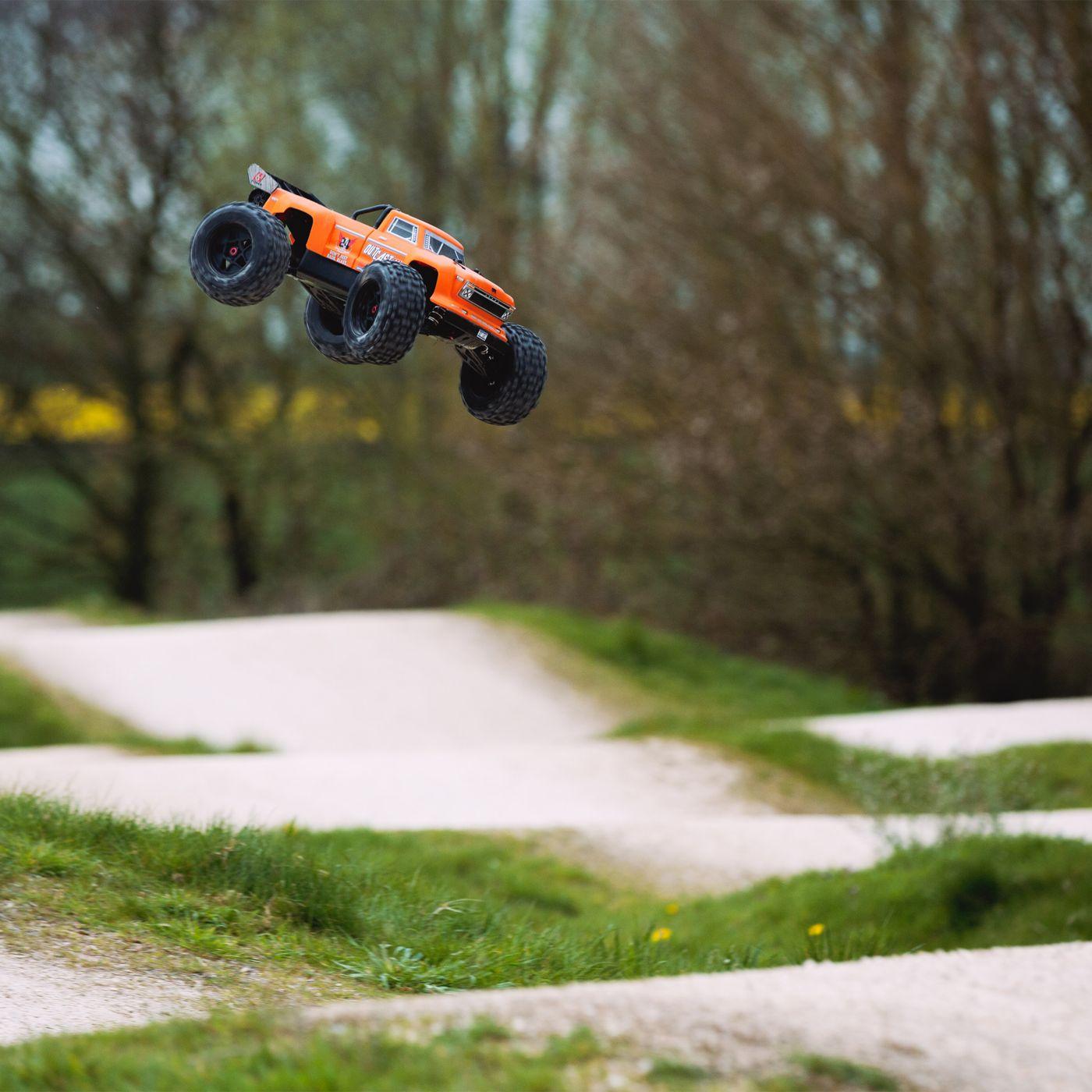 Arrma Outcast 6S BLX 4WD Stunt Truck orange rtr 4