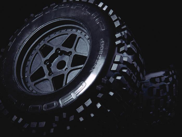 Arrma Outcast 6S BLX 4WD Stunt Truck rtr 3