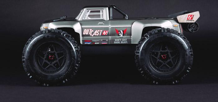 Arrma Outcast 6S BLX 4WD Stunt Truck rtr 2