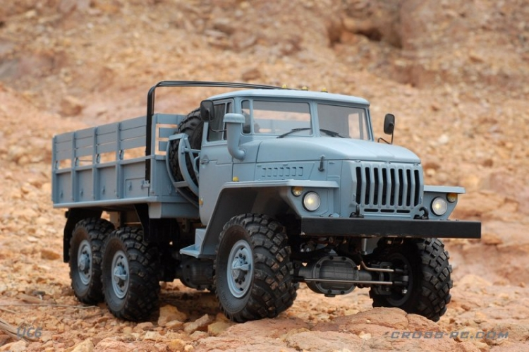 Cross RC Camion Trial 6x6 in Metallo UC6 Kit 02