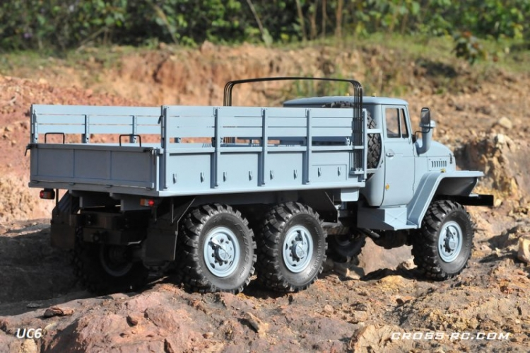 Cross RC Camion Trial 6x6 in Metallo UC6 Kit 03