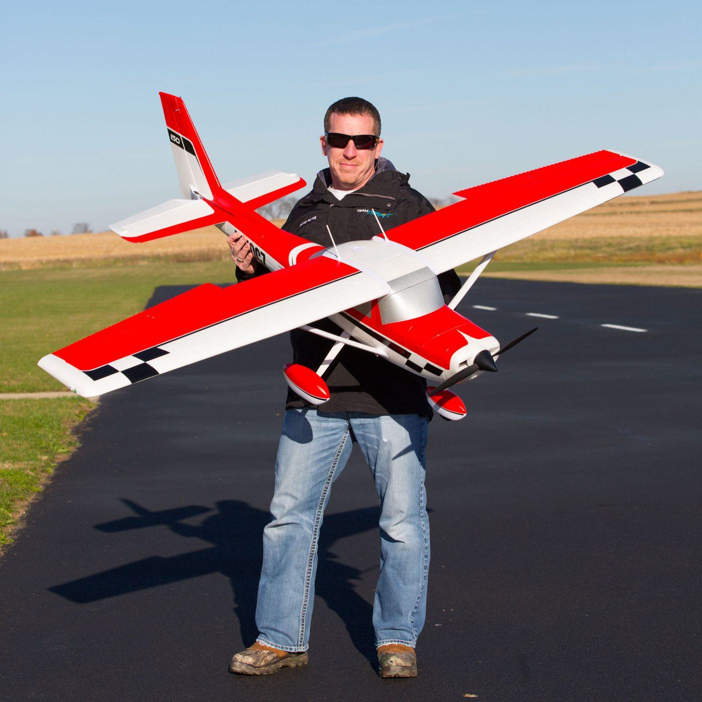 E-flite Carbon Z Cessna 150 2.1m BNF Basic 05