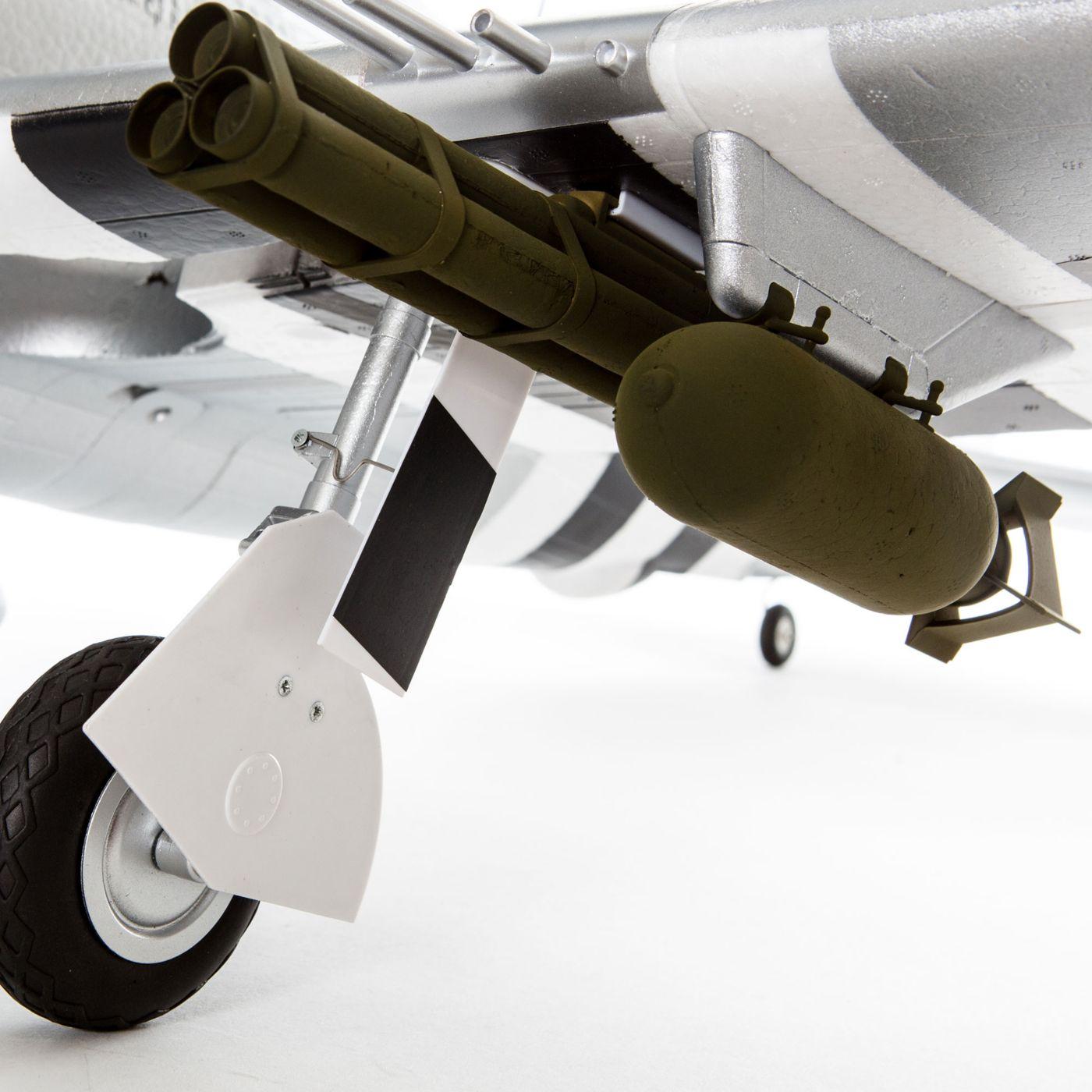 E-flite P-47 Razorback Warbird bnf basic safe 06