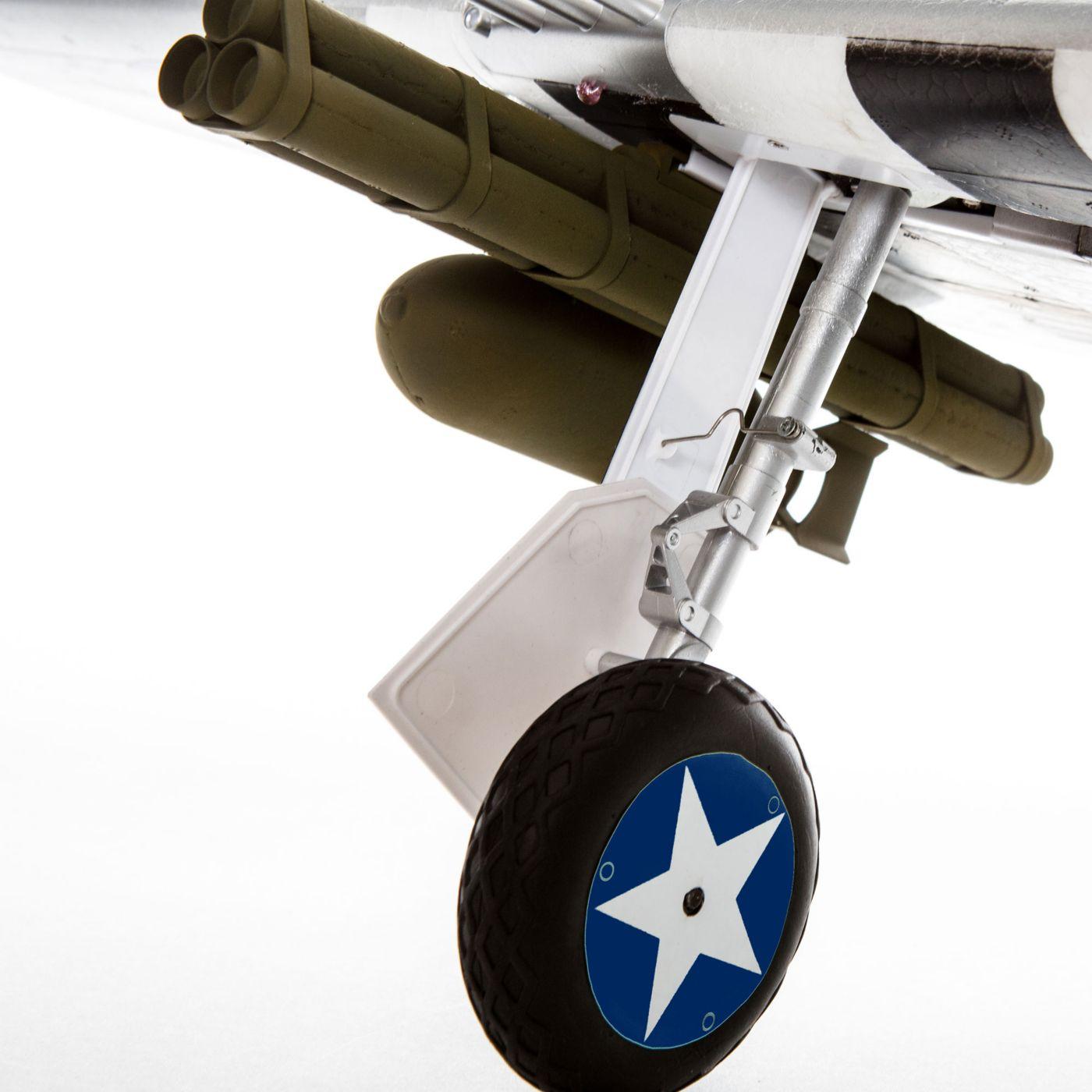 E-flite P-47 Razorback Warbird bnf basic safe 08