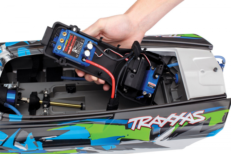 Traxxas M41 Widebody Brushless 06